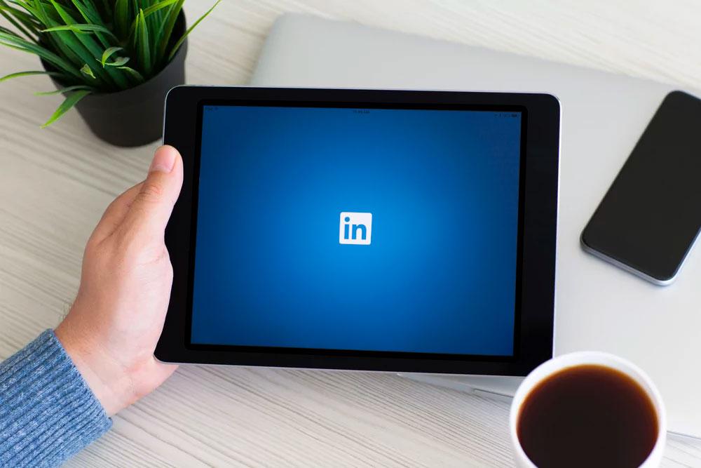 Social Media Management for Surgeons